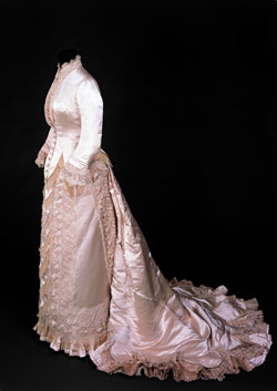 Embroidered silk wedding dress, (bodice and skirt) by Charles Frederick Worth, Paris, 1880. Given by Mrs. G T Morton. ©Victoria and Albert Museum / V&A Images