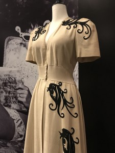 Edith Head Dressing gown worn by Veronica Lake publicity photo 1942 bodice